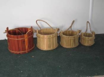Wooden Bucket Garden Planter / Wishing Well - Amish Handcrafted